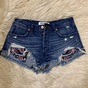 Abercrombie and Fitch festival shorts